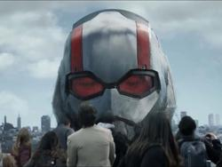 Ant-Man and the Wasp trailer - Small and large fun