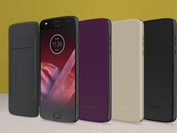 Moto Folio is the cheapest Moto Mod ever, maybe also the best