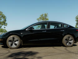 """Amid Model 3 production turmoil, Tesla aims to prove """"haters"""" wrong"""