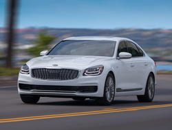 Kia debuts refreshed designs for the K900 and Optima