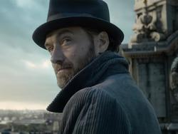 Fantastic Beasts: The Crimes of Grindelwald teaser—Dumbledore has never looked so cool