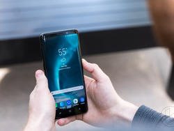 Take $100 off a New, US Unlocked Galaxy S9 from Samsung