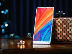 Xiaomi announces the Mi Mix 2S, and it doesn't have a notch