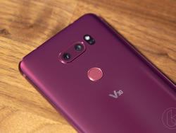 LG V40 on the Horizon with a Wild Camera Setup