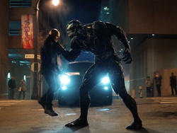 Venom Trailer is Filled With Violence and Threats of Bodily Harm