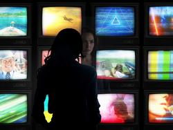 Wonder Woman 1984 Director Shares Image of Mysterious New Character