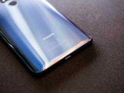 Huawei Preps Foldable, 5G-Ready Phone for Early 2019