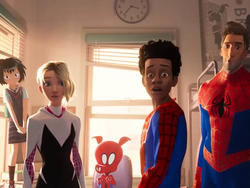 Spider-Man: Into the Spider-Verse Trailer Shows Off the Team