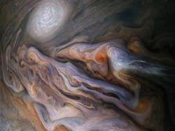 "NASA's Juno Snaps Picture of Jupiter's Ferocious ""Dragon's Eye"""
