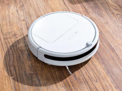 This discounted $148 Roborock C10 Robot Vacuum does the hard work for you