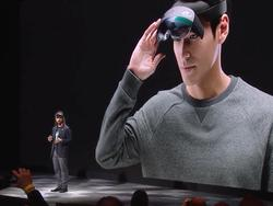 Microsoft's HoloLens 2 takes mixed reality to a new frontier