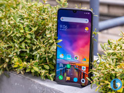 Xiaomi Mi 9 hands-on preview: Performance without the premium