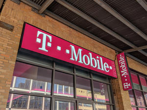 T-Mobile launches T-Mobile MONEY, its mobile-first checking account
