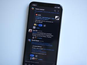Slack now has a dark mode for its Android and iOS apps
