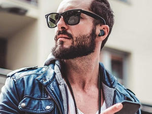 These coupons take 65% off the Criacr Wireless Bluetooth Earbuds