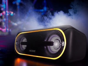 Turn up the volume with this one-day sale on Sony's XB40 Bluetooth speaker