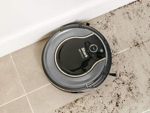 Don't let this Shark ION 750 Robovac discount get sucked away