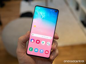 The Galaxy S10 is the best Samsung phone right now