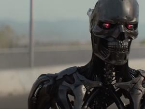 Sarah Connor is back in first Terminator: Dark Fate trailer
