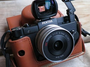 Pentax Q review: Insane Fun in a Little Package