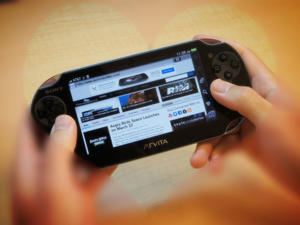 Sony Begins Pulling PSP Titles That Allow Hackers to Run Unsigned Code on PS Vita
