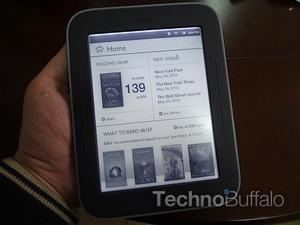 Nook Simple Touch With GlowLight Price Slashed to $99