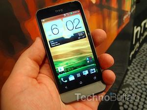 HTC One V Hands-on Gallery!