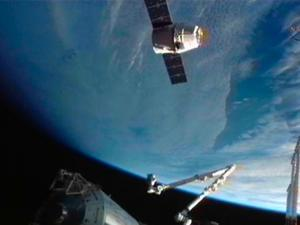 SpaceX Releases Highlight Montage of Historic First Mission
