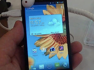 Huawei Ascend D1 Quad XL Hands-On! (Video and Gallery)