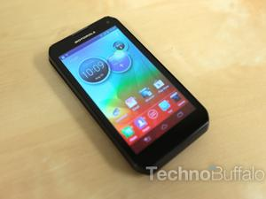 Motorola Photon Q 4G LTE Unboxing and Hands-On (Video)