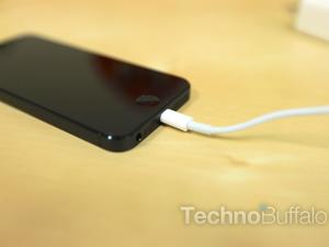 iPhone 5 Electric Shock Kills Chinese Woman, Apple to Investigate