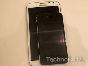 iPhone vs. Galaxy Note II and Galaxy S III Video Comparison (Video)