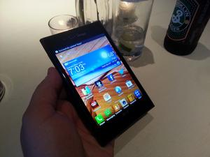 LG Intuition Hands-On: LG Goes After the Galaxy Note