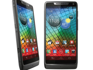 Motorola Announces RAZR i: An Android Smartphone Powered by Intel