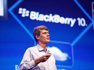 """BlackBerry 10 """"Has a Low Chance of Success,"""" Morgan Stanley Analyst Says"""