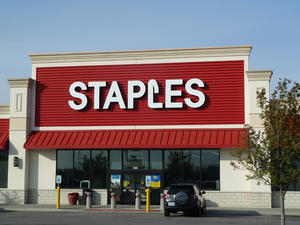 Staples Black Friday Deals Includes Up to $80 Off iPads