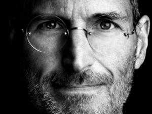 Steve Jobs Biopic Being Penned by Aaron Sorkin Will Only Consist of Three Scenes