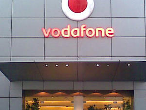 Vodafone U.K. Announces New 'Red Hot' 12-Month Plans for Early Adopters