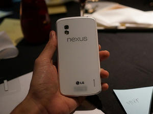 White Nexus 4 Shows Up on Video Ahead of Google I/O