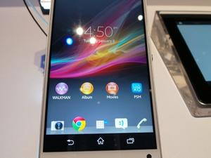 Sony Xperia ZL Introduced with 5-inch 1080p Display - First Look!