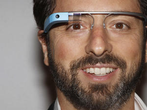 """Google poaches Amazon engineers for """"Project Aura"""" wearables project"""