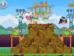 Angry Birds Friends Now Available for iOS and Android