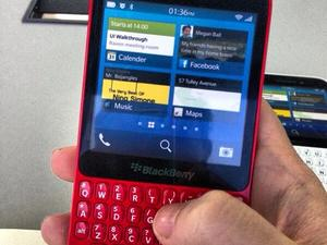 Check Out the Red BlackBerry R10