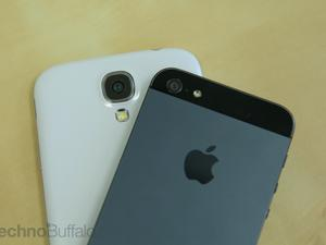 Apple and Samsung Keep Gobbling Up U.S. Mobile Market Share, Study Shows