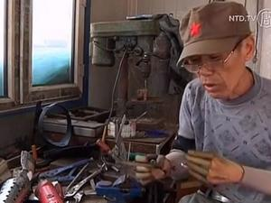 Chinese Man Makes Homemade Bionic Arms, Becomes Local Hero For Supplying To Others