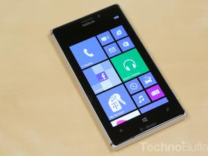 Nokia Lumia 925 Hands-On: Few Sacrifices in a Lighter, Stylish WP8 Device