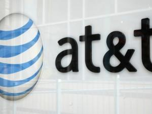AT&T rolls out advanced messaging, video calling for supported phones