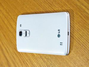 LG G Pro 2 Leaked Photos Show Rear Buttons on Massive Phone