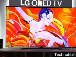 LG's Flexible 77-inch OLED UHD TV Is Unbelievably Awesome