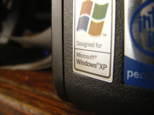 Windows XP's Share of the Desktop Market Finally Starting to Erode